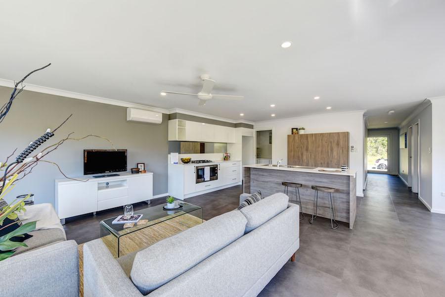 Home styling - Rob Tate - Crestwood Drive - Designing Divas
