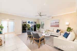 home staging port macquarie - 6 Portside - designingdivas.com.au