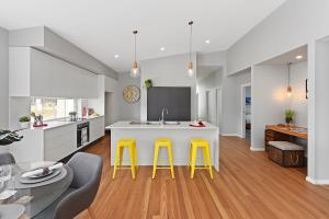 5 home styling - savcorp builders - Port Macquarie -  styled by Designing Divas .jpg