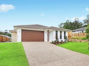 dd1 - Clunes Street 8 - home staging Port Macqaurie -  designingdivas.com.au