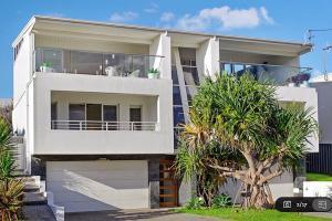 dd1 home styling Port Macquarie - davis crescent - designingdivas.com.au