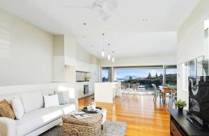 dd2 home styling Port Macquarie - davis crescent - designingdivas.com.au